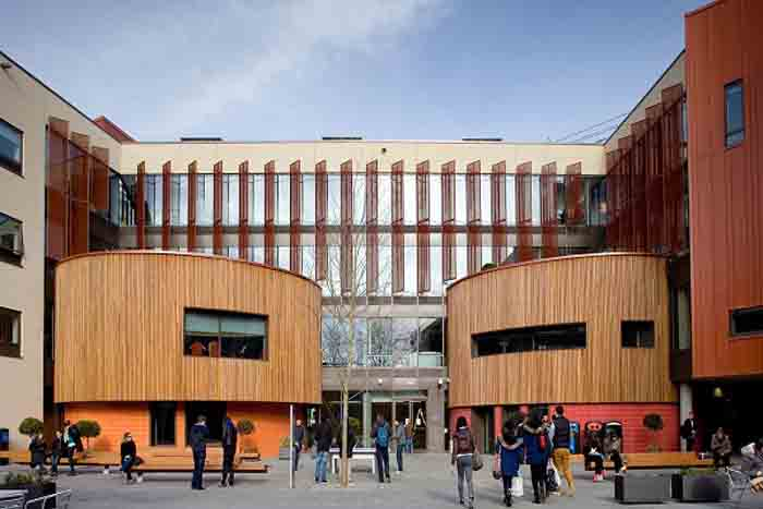 Anglia Ruskin University Reviews